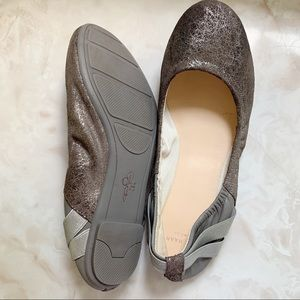 COLE HAAN leather silver flats